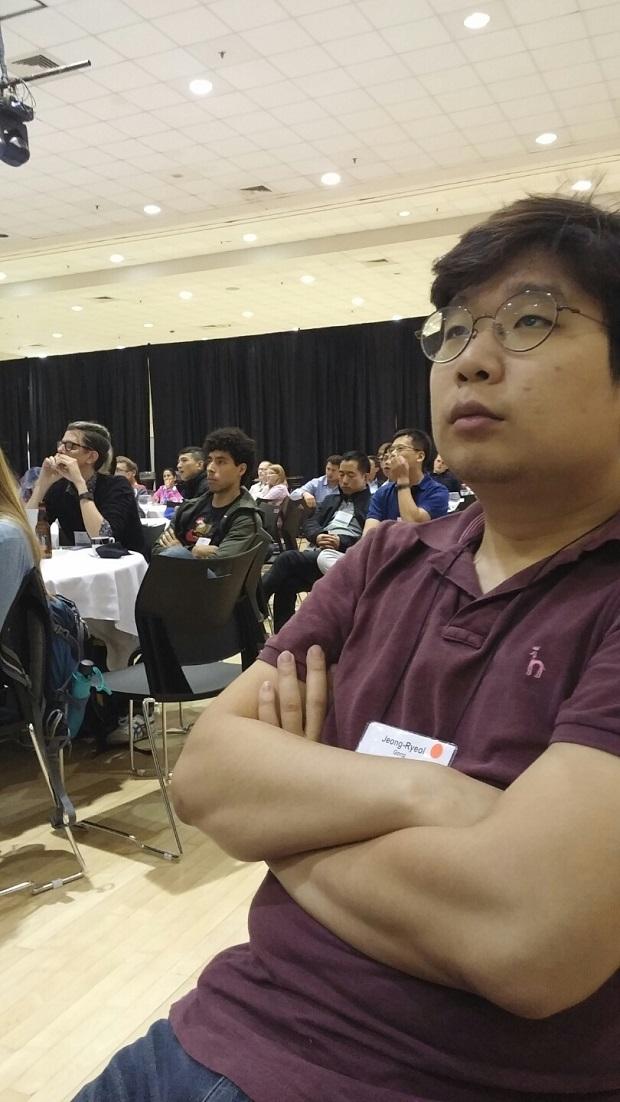 keynote 집중 중.jpg